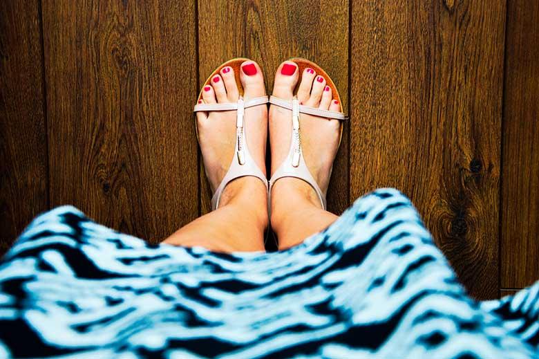 stock-painted-toenails